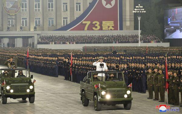 CHDCND Triều Tiên tổ chức duyệt binh ban đêm để kỷ niệm Quốc khánh - Sputnik Việt Nam