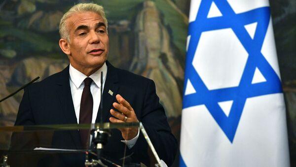 Bộ trưởng Ngoại giao Israel Yair Lapid trong một cuộc họp báo ở Moscow - Sputnik Việt Nam