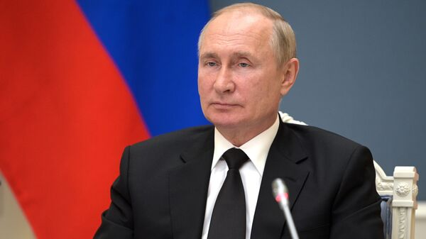 Tổng thống Nga Vladimir Putin tham dự Hội nghị thượng đỉnh BRICS lần thứ XIII (ngày 9 tháng 9 năm 2021) - Sputnik Việt Nam