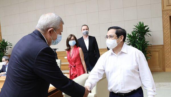 Thủ tướng Phạm Minh Chính với đại diện doanh nghiệp châu Âu tại Việt Nam - Sputnik Việt Nam