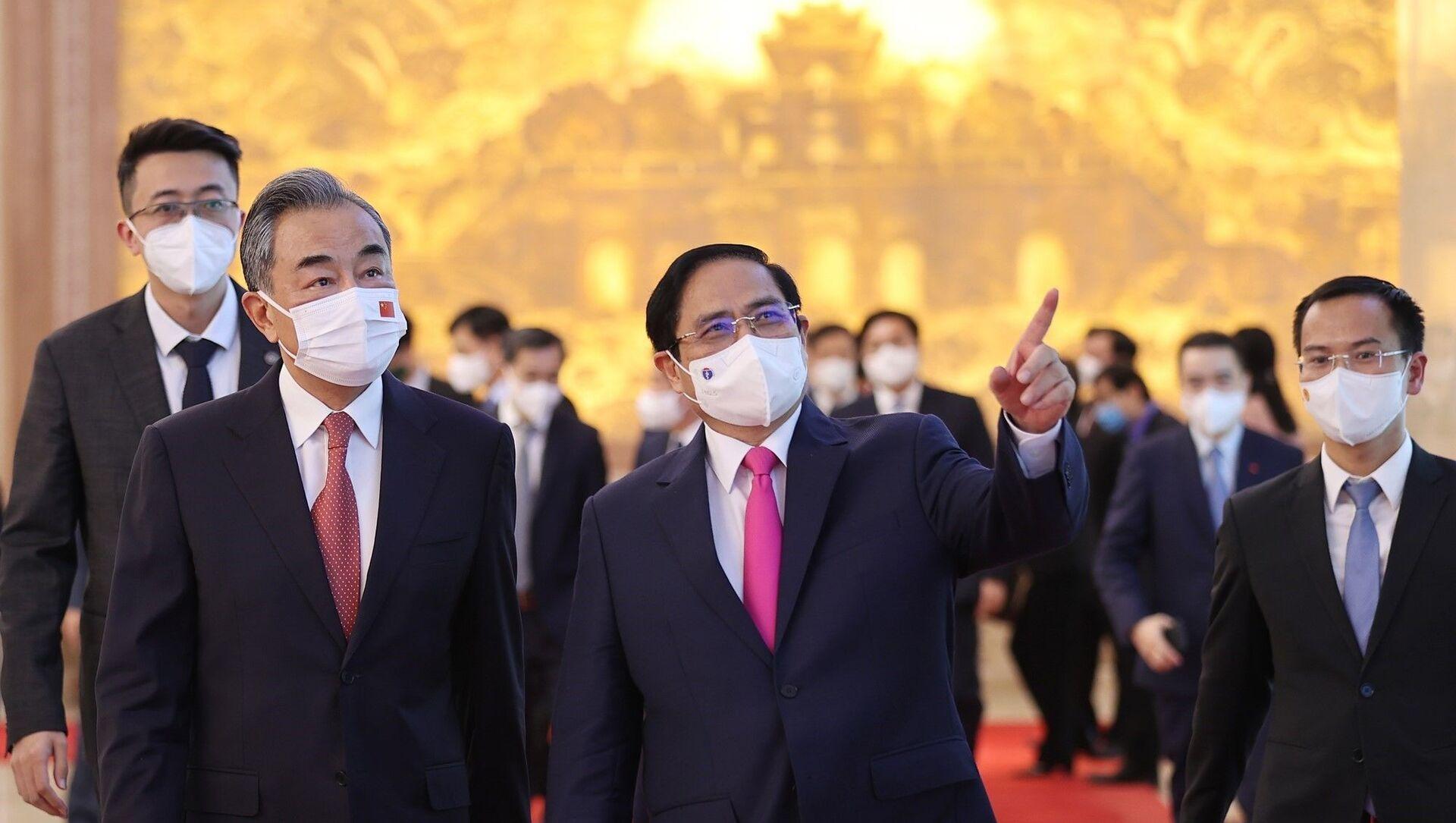 Thủ tướng Phạm Minh Chính và Bộ trưởng Ngoại giao Trung Quốc Vương Nghị - Sputnik Việt Nam, 1920, 11.09.2021