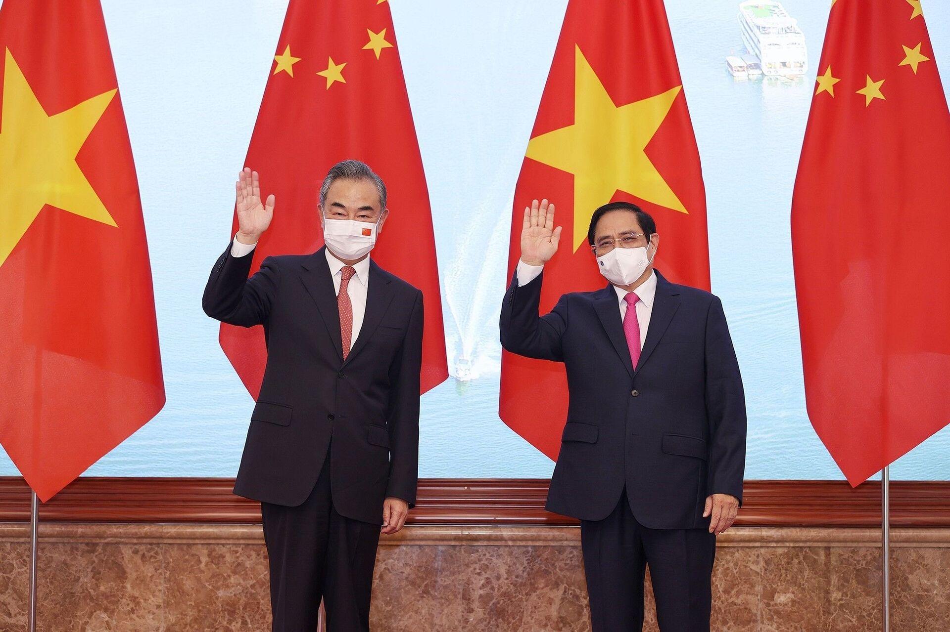 Thủ tướng Phạm Minh Chính tiếp Bộ trưởng Ngoại giao Trung Quốc Vương Nghị - Sputnik Việt Nam, 1920, 05.10.2021
