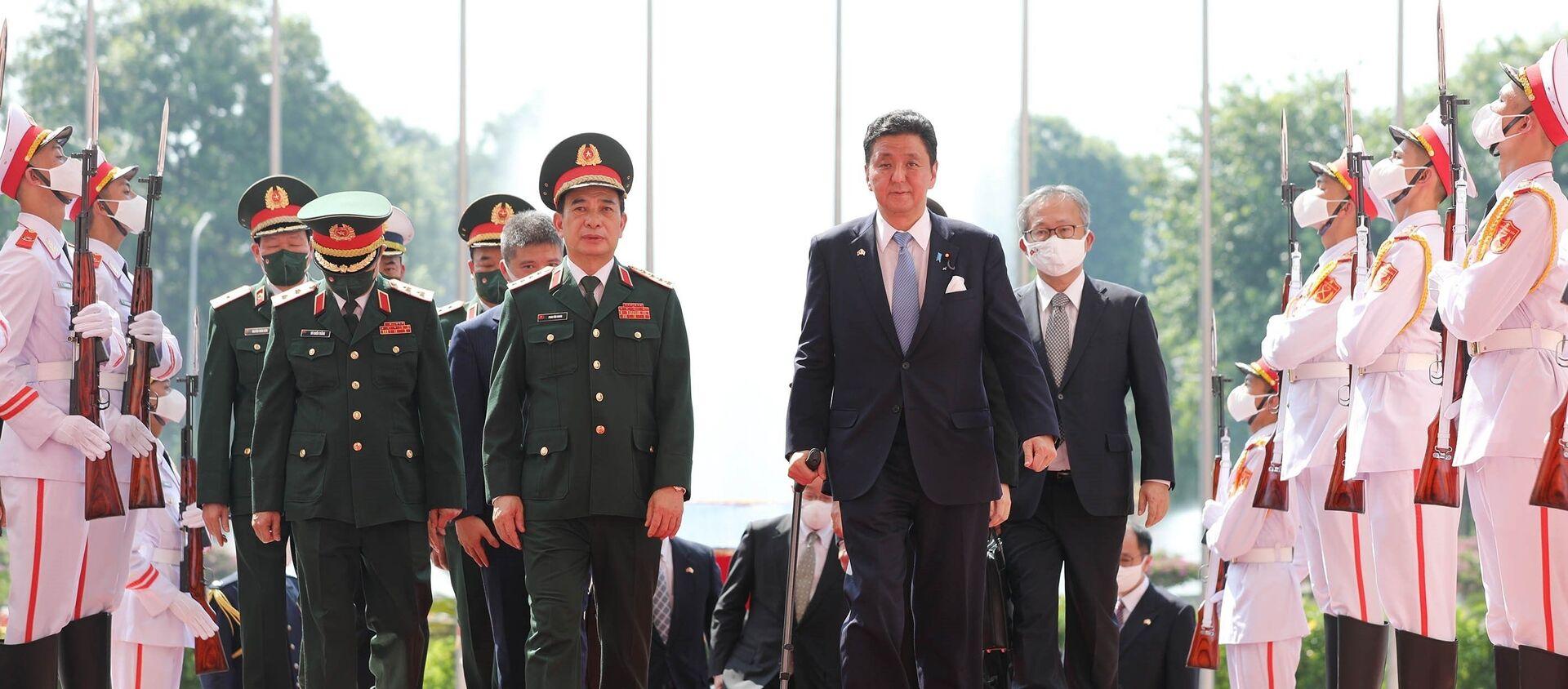 Đại tướng, Bộ trưởng Quốc phòng Phan Văn Giang đón Bộ trưởng Quốc phòng Nhật Bản Kishi Nobuo. - Sputnik Việt Nam, 1920, 12.09.2021