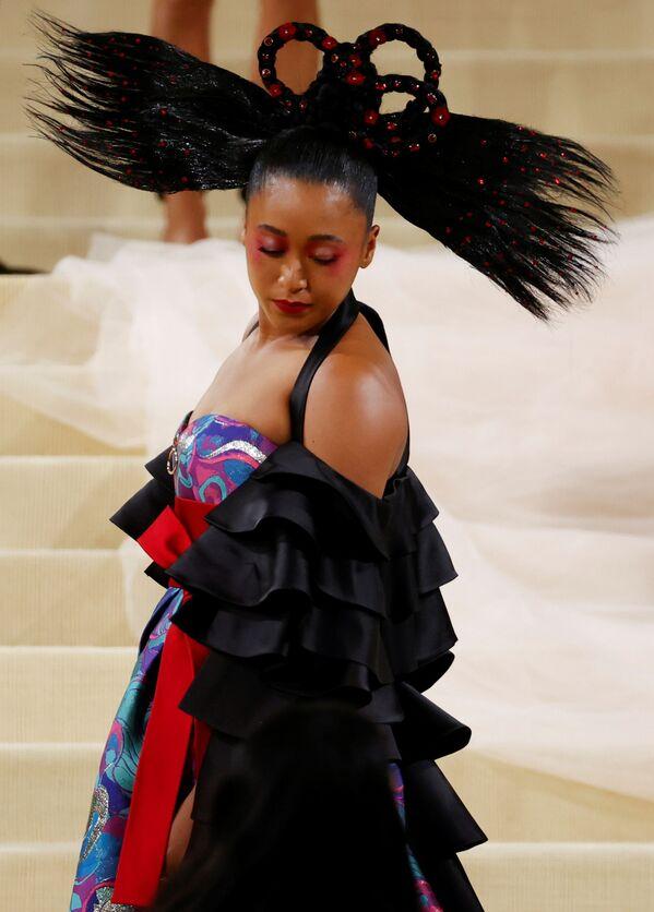 Nữ vận động viên quần vợt Nhật Bản Naomi Osaka tại Met Gala 2021 ở New York  - Sputnik Việt Nam