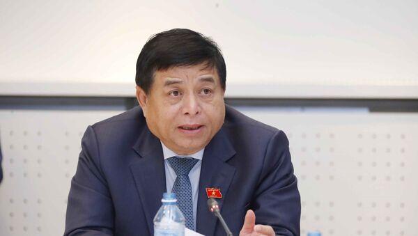 Bộ trưởng Bộ Kế hoạch và Đầu tư Nguyễn Chí Dũng phát biểu - Sputnik Việt Nam