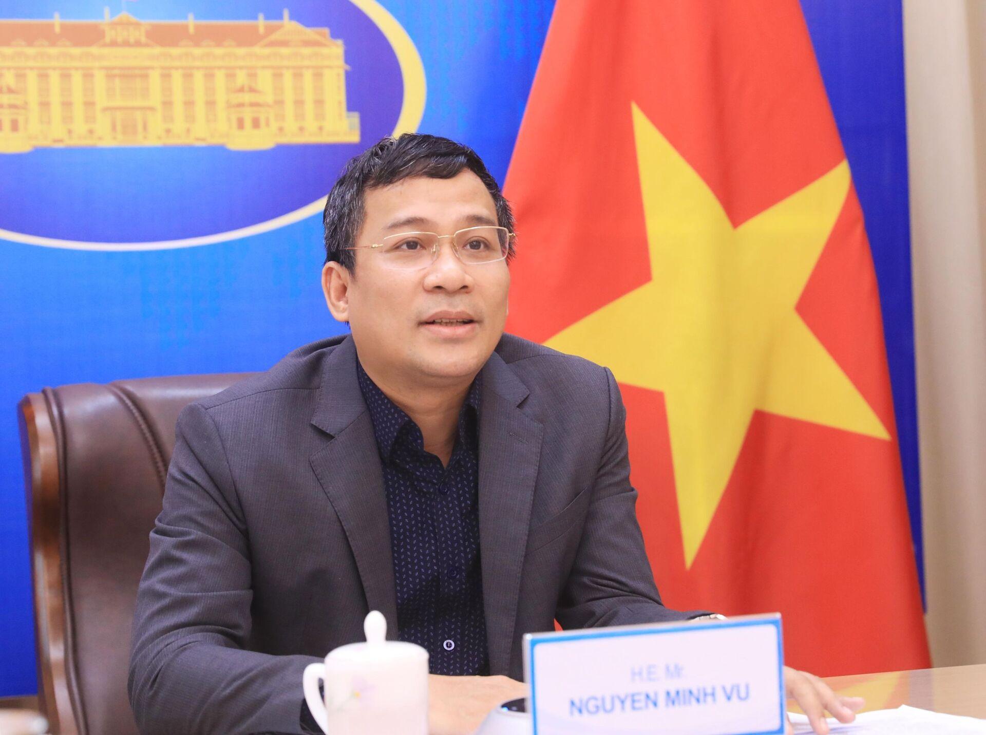 Thứ trưởng Ngoại giao Nguyễn Minh Vũ phát biểu tại buổi hội đàm - Sputnik Việt Nam, 1920, 05.10.2021