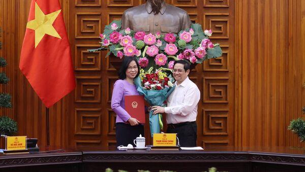 Thủ tướng Phạm Minh Chính trao Quyết định bổ nhiệm Tổng Giám đốc Thông tấn xã Việt Nam cho bà Vũ Việt Trang - Sputnik Việt Nam