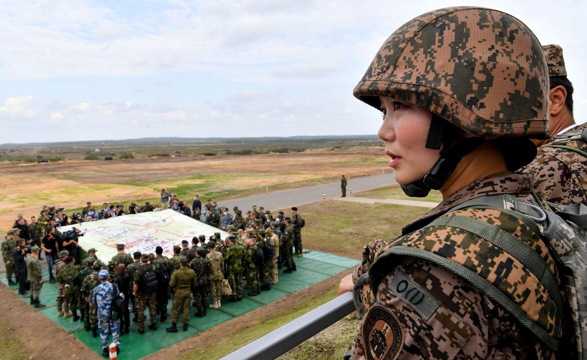 Đại diện của quân đội Mông Cổ trong giai đoạn chính của cuộc tập trận Zapad-2021 tại thao trường Mulino, tỉnh Nizhny Novgorod - Sputnik Việt Nam, 1920, 05.10.2021