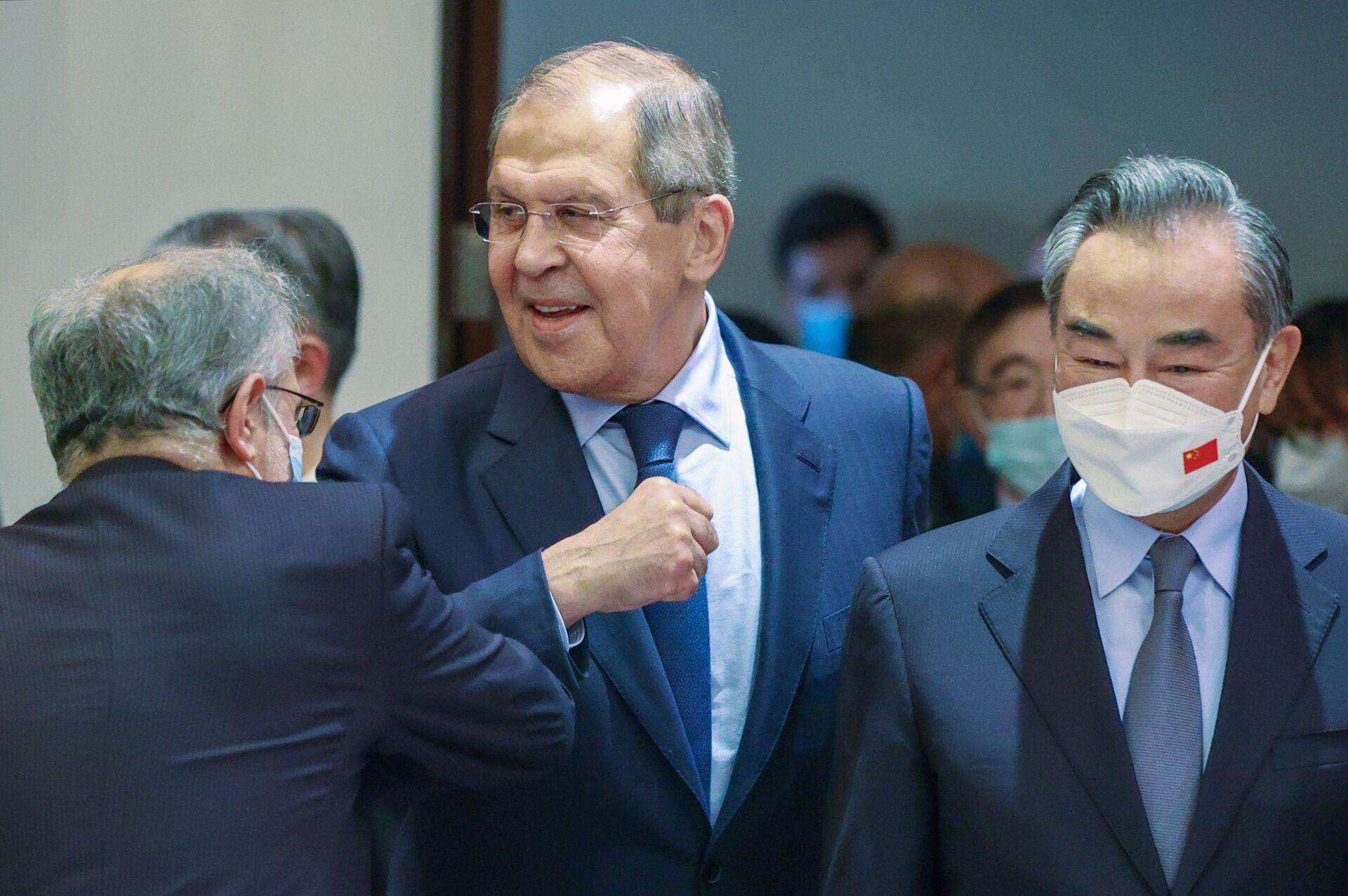 Ngoại trưởng Nga Lavrov tham gia hội nghị thượng đỉnh Tổ chức Hợp tác Thượng Hải (SCO) tại Dushanbe - Sputnik Việt Nam, 1920, 05.10.2021