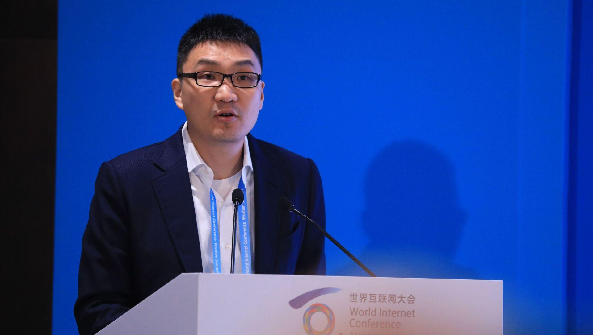 Cựu giám đốc điều hành và người sáng lập Pinduoduo Colin Huang Zheng - Sputnik Việt Nam, 1920, 18.09.2021