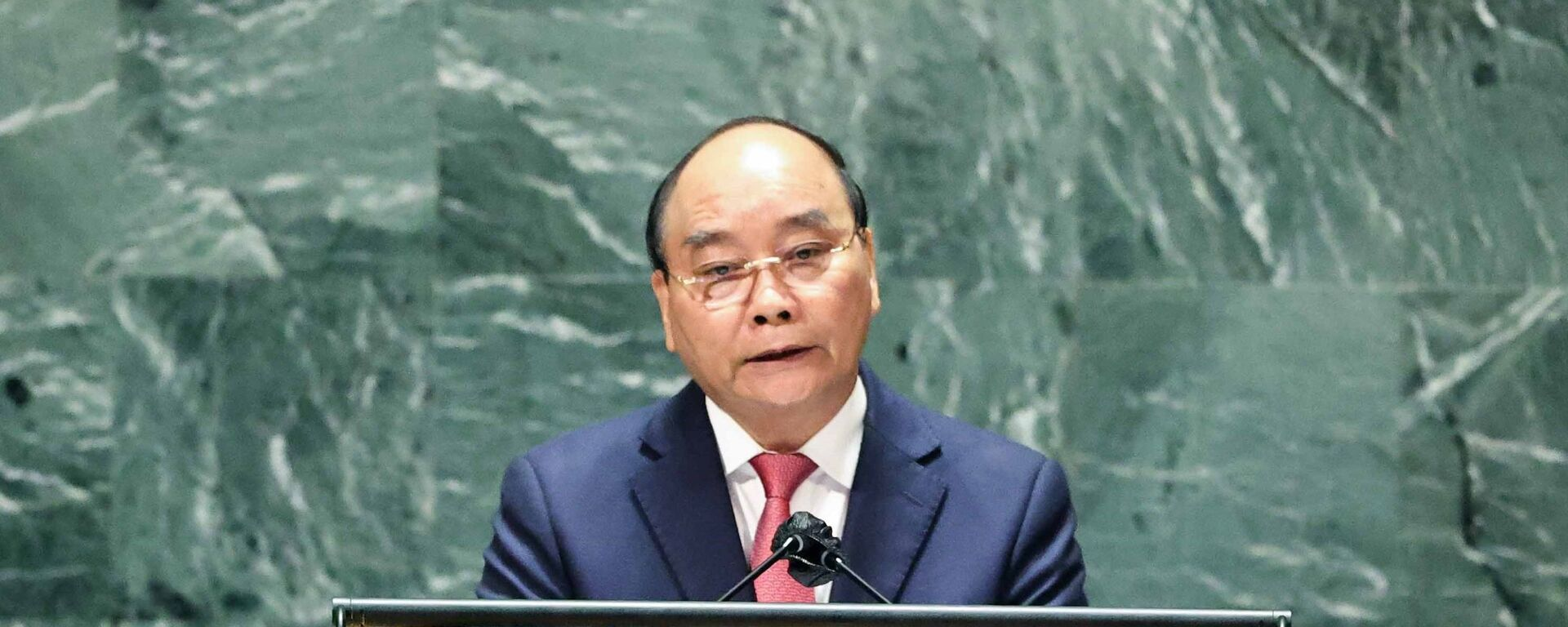 Chủ tịch nước Nguyễn Xuân Phúc phát biểu tại Phiên thảo luận Cấp cao Đại hội đồng Liên hợp quốc lần thứ 76 - Sputnik Việt Nam, 1920, 23.09.2021