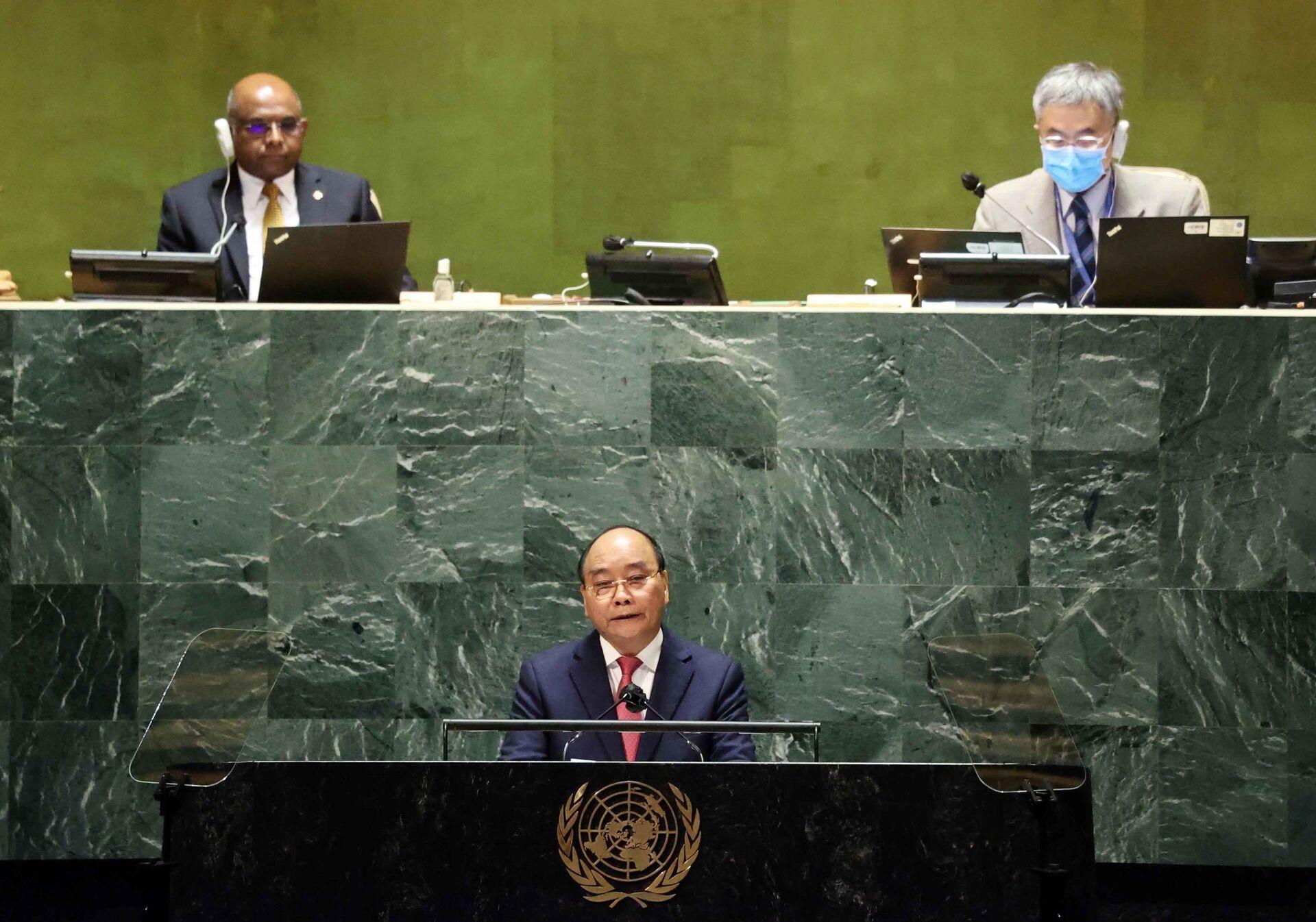 Chủ tịch nước Nguyễn Xuân Phúc phát biểu tại Phiên thảo luận Cấp cao Đại hội đồng Liên hợp quốc lần thứ 76 - Sputnik Việt Nam, 1920, 05.10.2021