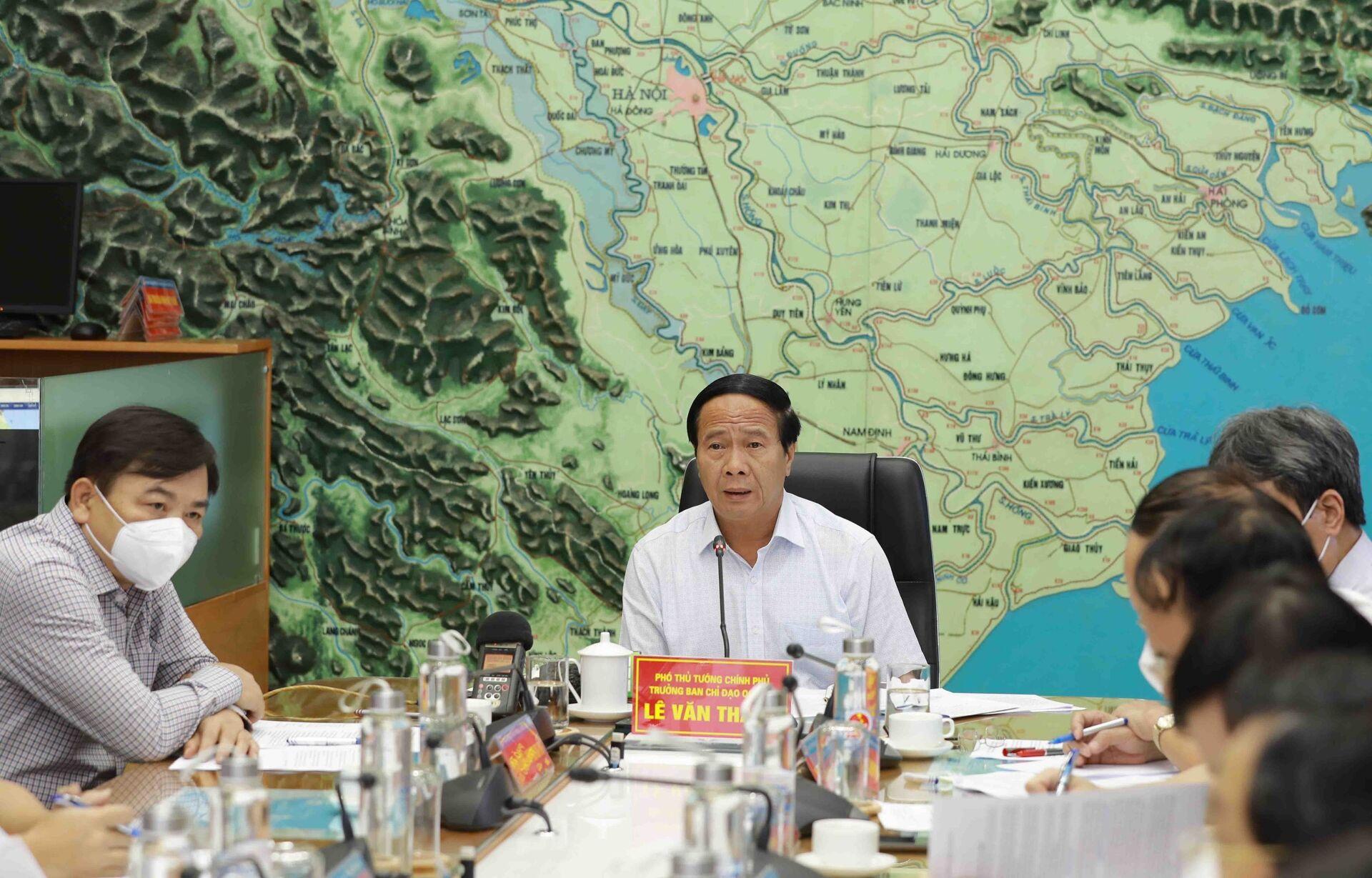 Phó Thủ tướng Lê Văn Thành phát biểu chỉ đạo. - Sputnik Việt Nam, 1920, 05.10.2021