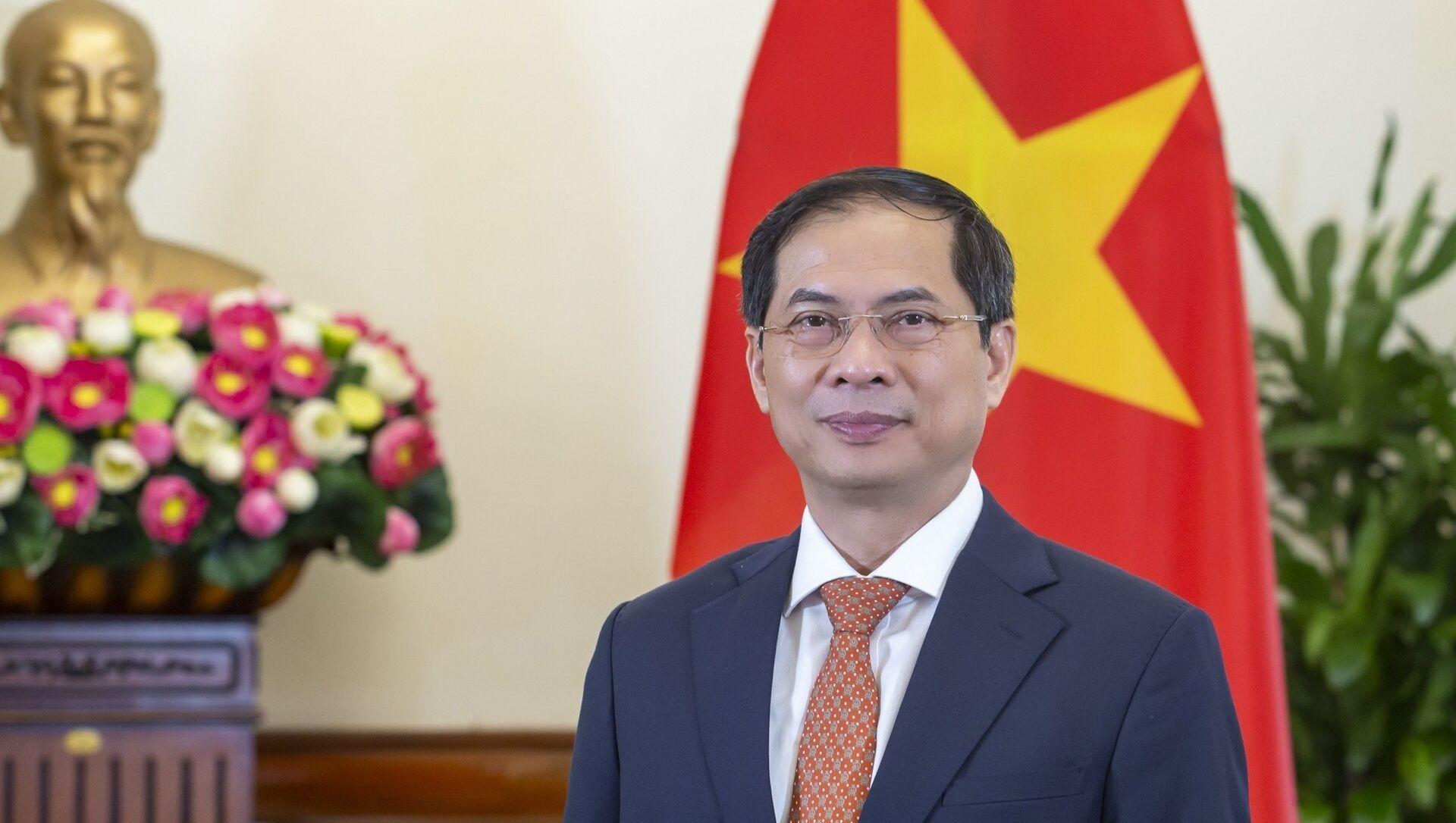 Ủy viên Trung ương Đảng, Bộ trưởng Ngoại giao Bùi Thanh Sơn. - Sputnik Việt Nam, 1920, 25.09.2021