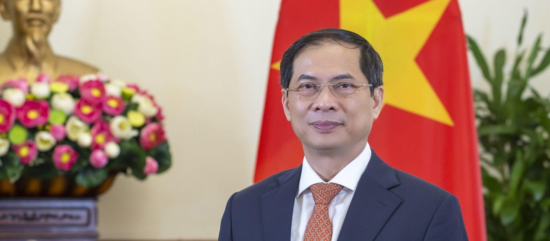 Ủy viên Trung ương Đảng, Bộ trưởng Ngoại giao Bùi Thanh Sơn. - Sputnik Việt Nam, 1920, 23.09.2021