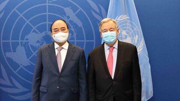 Chủ tịch nước Nguyễn Xuân Phúc gặp Tổng thư ký Liên hợp quốc Antonio Guterres - Sputnik Việt Nam