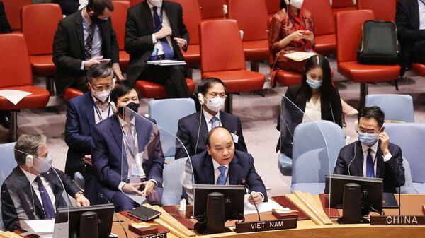 Chủ tịch nước Nguyễn Xuân Phúc phát biểu tại Phiên thảo luận cấp cao của Hội đồng Bảo an về Biến đổi khí hậu. - Sputnik Việt Nam