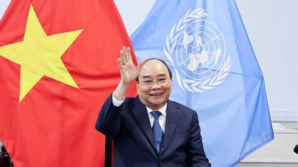 Chủ tịch nước Nguyễn Xuân Phúc gặp trực tuyến Tổng giám đốc IMF Kristalia Georgieva. - Sputnik Việt Nam