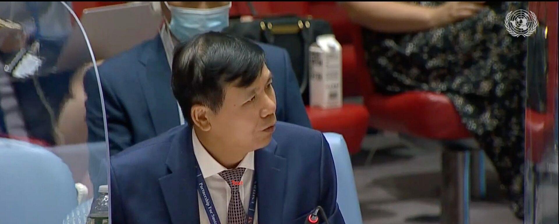 Đại sứ Đặng Đình Quý - Trưởng Phái đoàn đại diện thường trực Việt Nam tại LHQ phát biểu tại phiên họp HĐBA LHQ về tình hình Iraq và hoạt động của Phái bộ LHQ Hỗ trợ Iraq (UNAMI) ngày 25/8/2021. - Sputnik Việt Nam, 1920, 13.10.2021