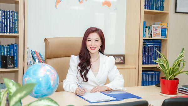 Tiến sĩ Nguyễn Thu Hương, Tổng giám đốc Tập đoàn truyền thông Nam Hương, cổ đông sáng lập IEX Group, đơn vị tổ chức Internet Expo 2021. - Sputnik Việt Nam