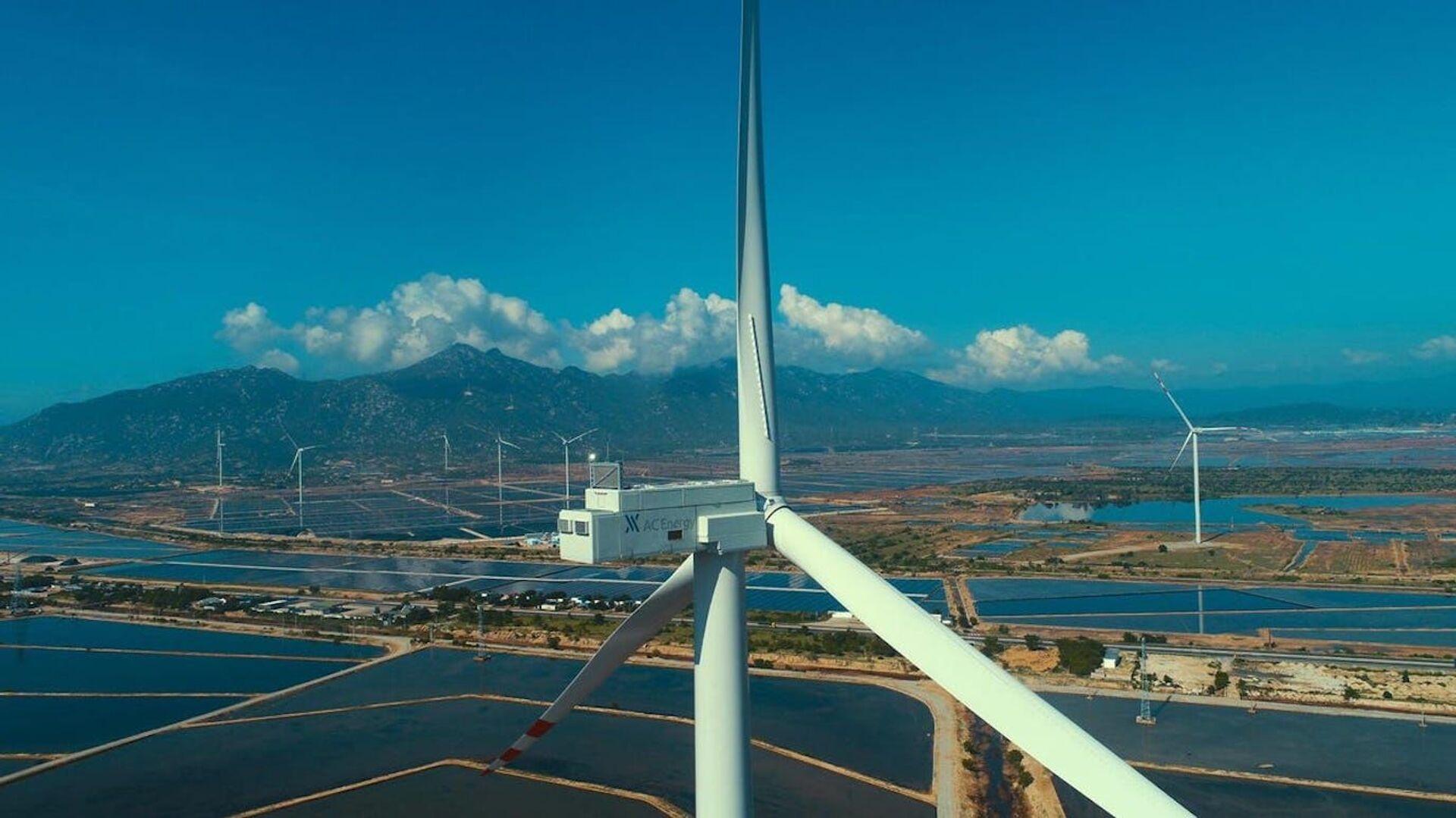 Nhà máy điện gió AC Energy tại Việt Nam. - Sputnik Việt Nam, 1920, 05.10.2021