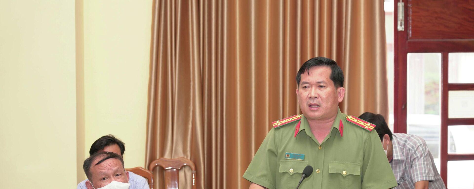 Đại tá Đinh Văn Nơi, Giám đốc Công an tỉnh An Giang phát biểu tại buổi làm việc.  - Sputnik Việt Nam, 1920, 09.10.2021