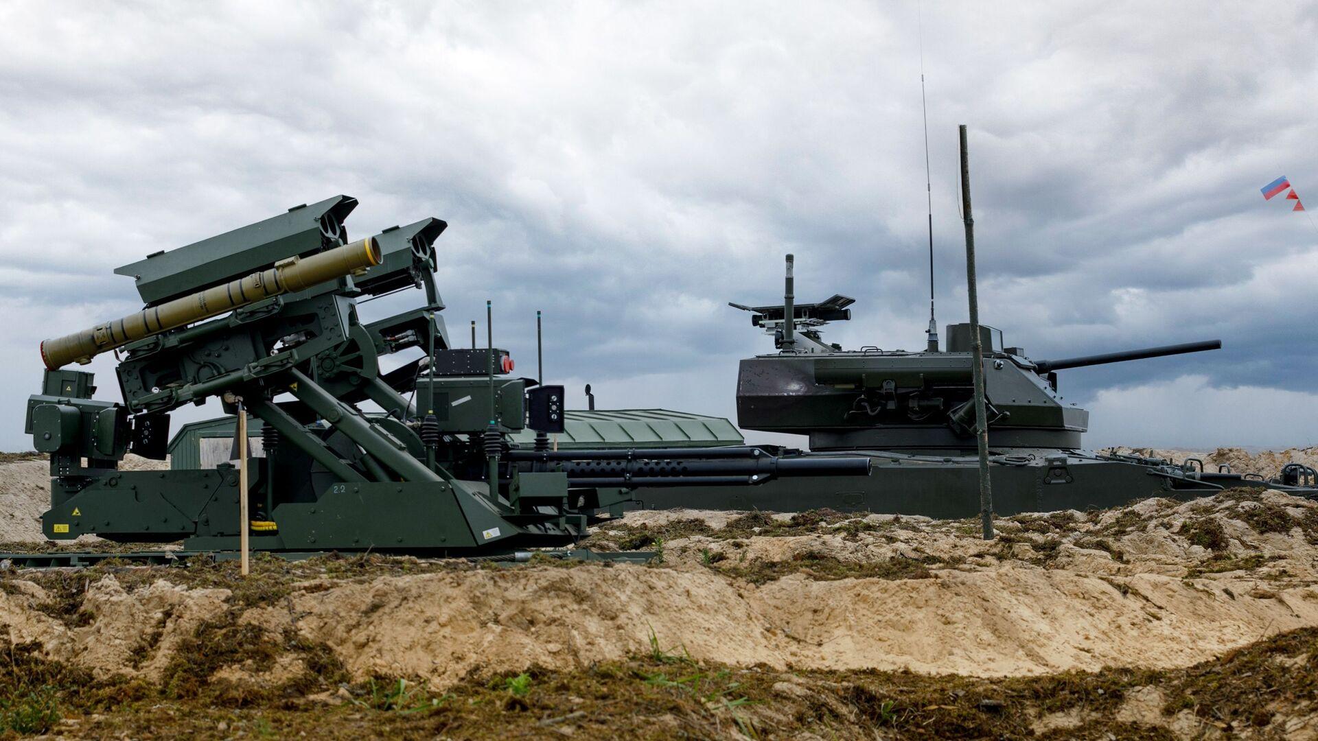 Tổ hợp robot Uran-9 và xe chiến đấu bộ binh BMP-3 - Sputnik Việt Nam, 1920, 07.10.2021