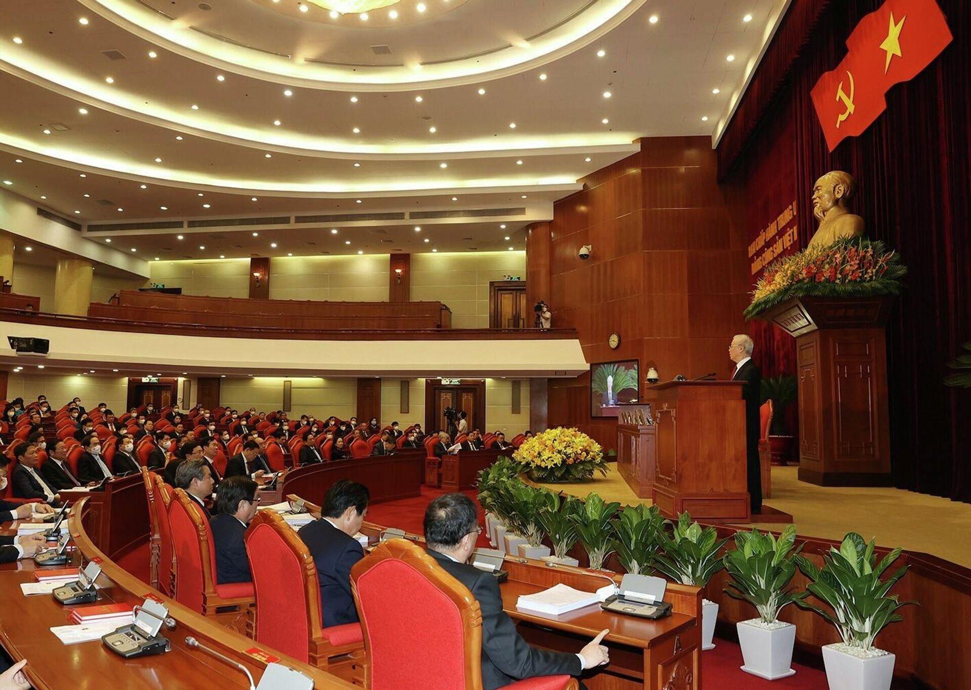 Tổng Bí thư Nguyễn Phú Trọng phát biểu bế mạc Hội nghị lần thứ tư Ban Chấp hành Trung ương Đảng khóa XIII - Sputnik Việt Nam, 1920, 07.10.2021