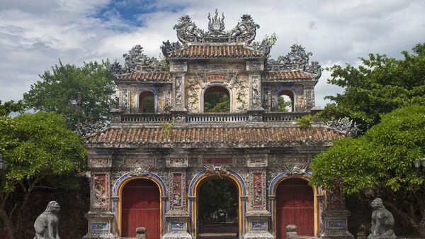 Cổng vào kinh thành ở Huế, Việt Nam - Sputnik Việt Nam