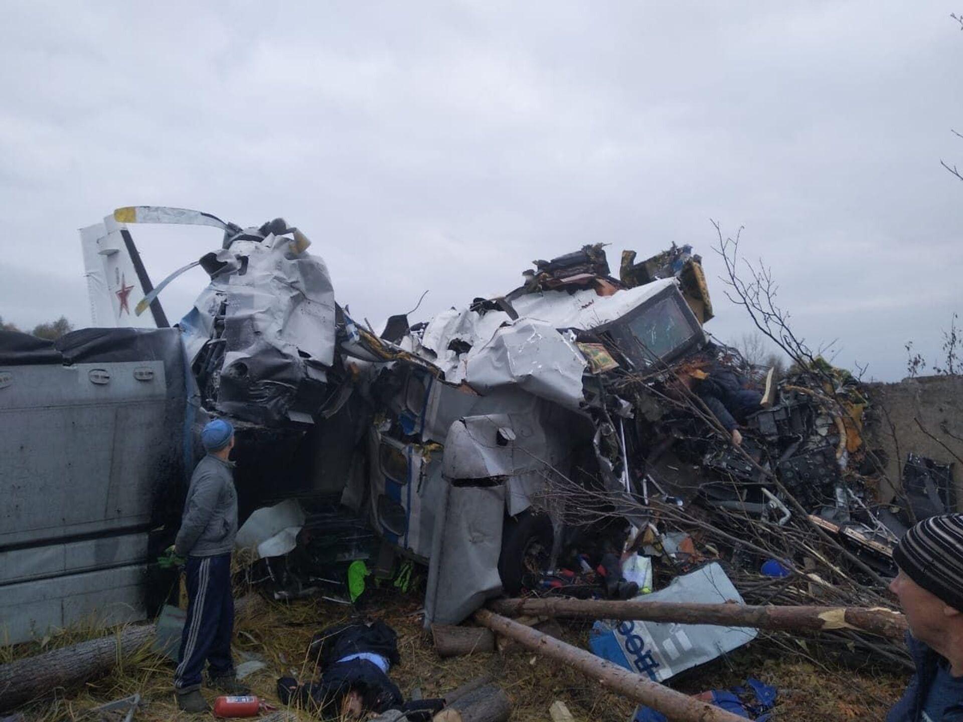 Máy bay L-410 bị rơi ở Tatarstan - Sputnik Việt Nam, 1920, 10.10.2021