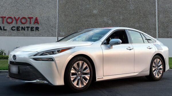 Автомобиль Toyota Mirai 2021 - Sputnik Việt Nam