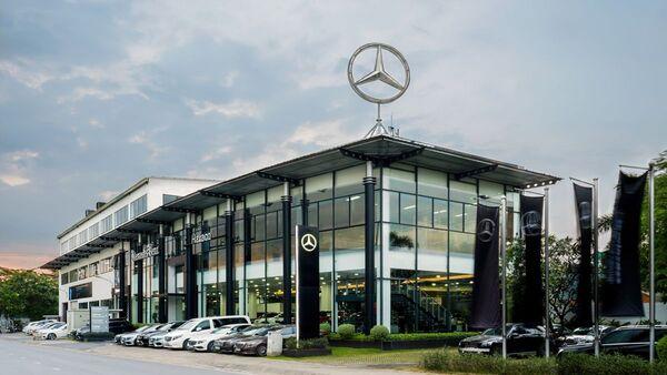 Один из офисов вьетнамского дилера Haxaco автомобилей компании Mercedes-Benz - Sputnik Việt Nam