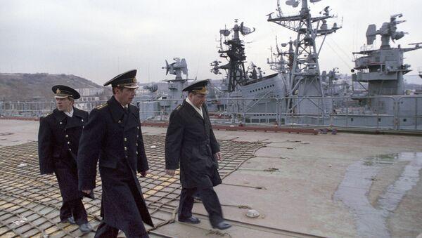 Đô đốc I. V. Kasatonov trên một con tàu - Sputnik Việt Nam