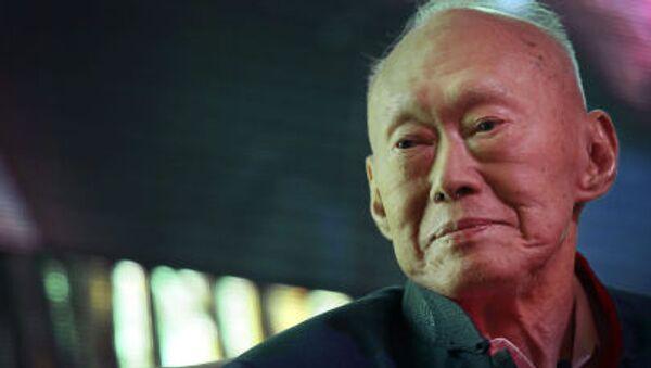 Thủ tướng đầu tiên của  quốc gia Singapore độc lập Lý Quang Diệu - Sputnik Việt Nam