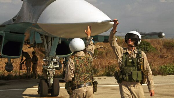 Phi công Nga tại căn cứ không quân Hmeymim - Sputnik Việt Nam