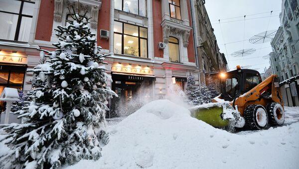 Thu dọn tuyết ở Moskva - Sputnik Việt Nam
