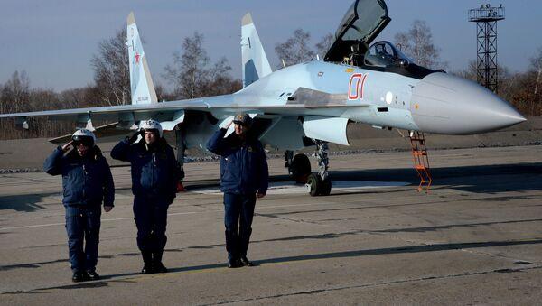 Tiêm kích cơ  Su-35S tại Primorie - Sputnik Việt Nam