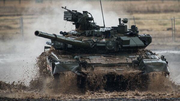 """Xe tăng T-90 tại Diễn đàn Quốc tế  III """"Công nghệ trong ngành chế tạo máy-2014 ở  Zhukovsky - Sputnik Việt Nam"""
