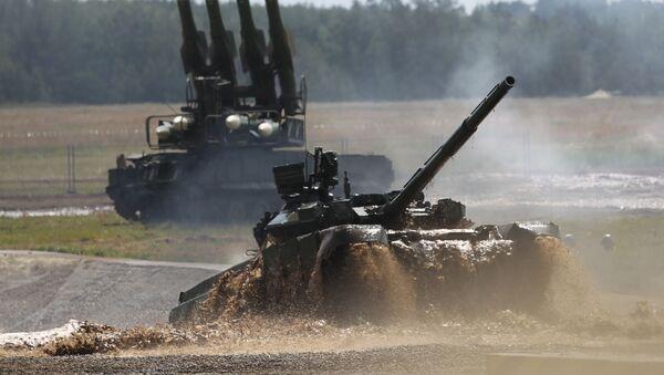 """Xe tăng T-90 tại Diễn đàn Quốc tế II """"Công nghệ trong ngành chế tạo máy-2012"""". - Sputnik Việt Nam"""