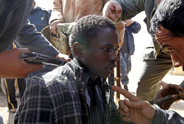 Biểu tình phản đối tại Libya, năm 2011 - Sputnik Việt Nam