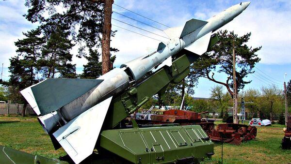 Tên lửa của Liên Xô SA-75 Dvina - Sputnik Việt Nam