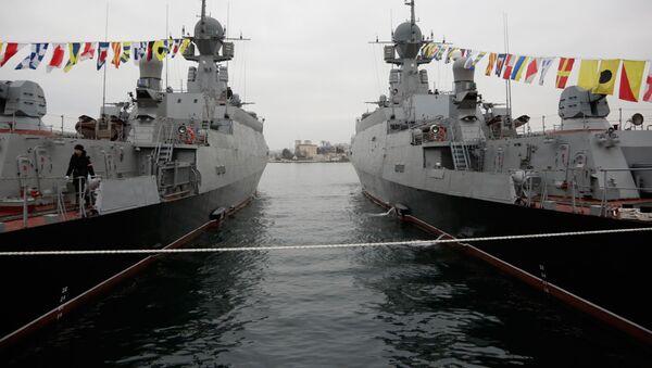 """Hai khinh hạm tên lửa """"Serpukhov"""" và """"Zeleny Dol"""" - Sputnik Việt Nam"""