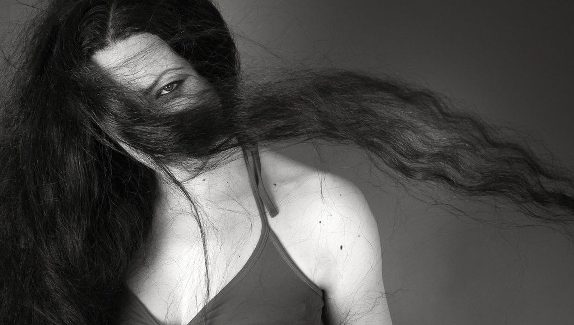 Thiếu nữ tóc dài - Sputnik Việt Nam, 1920, 01.10.2021