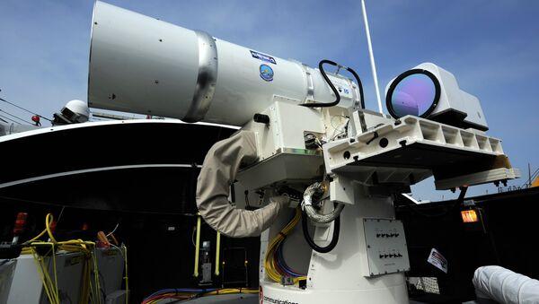 Vũ khí laser The Laser Weapon System (LaWS) của Mỹ - Sputnik Việt Nam
