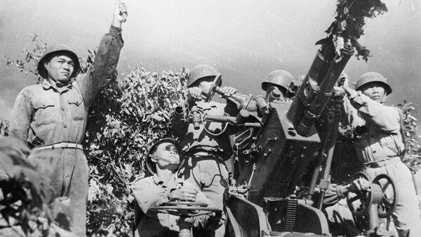 Những người anh hùng trong cuộc chiến tên lửa Việt Nam - Sputnik Việt Nam