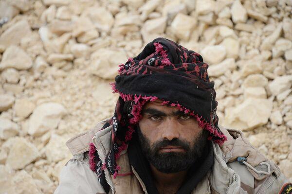 Binh sĩ quân đội Syria ở vùng ngoại vi Palmyra - Sputnik Việt Nam