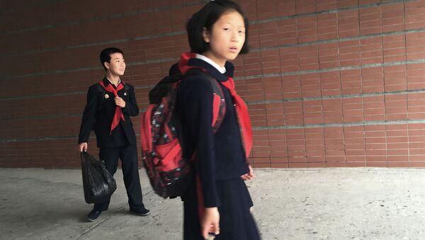 Những học sinh  Bắc Triều Tiên - Sputnik Việt Nam