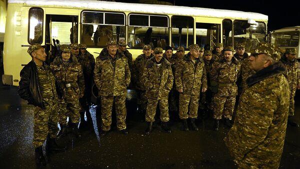 Các tình nguyện quân trong Cộng hoà không được công nhận  Nagorno-Karabakh - Sputnik Việt Nam