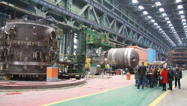 Sinh viên Việt Nam đang thực tập tại Volgodonsk (nhà máy điện hạt nhân Rostov) - Sputnik Việt Nam