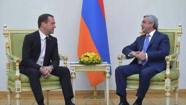 Dmitri Medvedev gặp Serzh Sargsyan - Sputnik Việt Nam